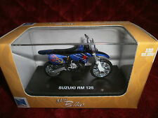 NEW RAY 1:32 SCALE MINI BIKE SUZUKI RM 125 DIE CAST