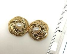 Vintage Faux Pearl Bead Round Gold Tone Clip On Earrings