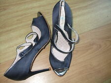 BODEN NAVY PERFECT CORDELLIA  SATIN HIGH HEELS SIZE 42==8.5 BNWOT