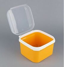 TUPPERWARE SIGNATURE SQUARE - 2.6LTR