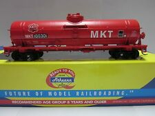 "HO Athearn - MKT ""Red"" KATY - Single Dome Tank Car Road #100301"
