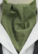Mens Green Jacquard Square Design Ascot Cravat & Handkerchief - Made in UK