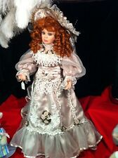 Welden  Museum The Queen's Court Dolls Nicole # 898303