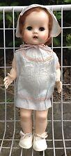 Linda Muñeca Walker de plástico duro 1950s Todo Original posiblemente por Pedigree