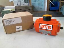 Bettis Pneumatic Actuator Mod# DS0025,BD2D04K,11K0 P/N 140373 (NIB)