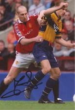 MAN UNITED: JAAP STAM SIGNED 6x4 ACTION PHOTO+COA