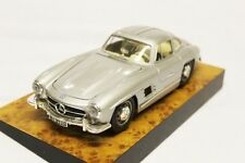Maisto Mercedes 300 SL 1/18 Die Cast Metal Model Collectable Car