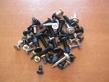 Original Schrauben aus Samsung P28