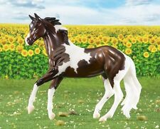 BREYER #62116 - HARPER - 2016 HORSE OF THE YEAR - CLASSIC SIZE