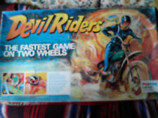 PALITOY DEVIL RIDERS THE FASTEST GAME ON TWO WHEELS. GAME IS COMPLETE