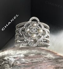 NWT CHANEL 2016 $3000 CRYSTAL CC BRACELET DRESS CUFF Jeweled Lace Camellia Pearl