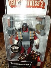 TEAM FORTRESS 2 RED DEMOMAN VIDEO GAME ACTION FIGURE NECA GAME CODE INCLUDED