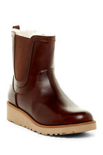 Ugg Boots Size 8 Womens Britt Leather Chelsea Boot