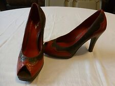 VINCE CAMUTO Brown Red Tooled Leather Spectator Peep Toe Pumps Heels Shoes 6.5