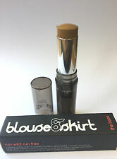 BLOUSE & SKIRT THE BASE OIL FREE CREAM TO POWDER FOUNDATION STICK NY6