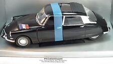 Citroen DS Presidentielle 1963 von Solido im Maßstab 1:18 Modellauto in OVP