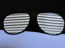NEW MEN BIG METAL BLACK LARGE SUNGLASSES FASHION BELT BUCKLE WHITE LENS