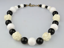 VINTAGE PAULINE RADER BLACK & WHITE ROUND BEAD & CHUNKY NUGGET 17 INCH NECKLACE