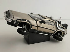 Lorean REGRESO EN EL FUTURO FLYING 1/43 BACK TO THE futuro Sun Star 24015