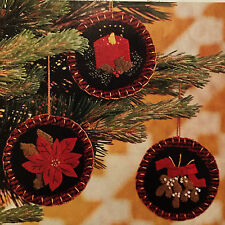 SEASON'S BEST ORNAMENTS FELTED WOOL CHRISTMAS TREE - VINTAGE QUILTING PATTERNS