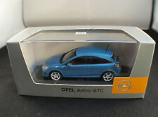 Opel Astra GTC 1/43 neuf en boite MIB Minichamps