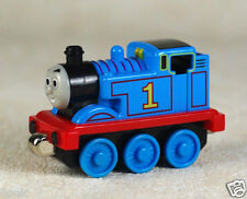 Thomas & Friends Magnetic Metal Toy Train Thomas Locomotive Loose New in Stock