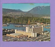 BAYSHORE INN VANCOUVER BC CANADA POST CARD  7 X 5 1/2 1962 CHROME