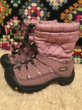 KEEN KIDS  GIRLS BOOTS SIZE  11 WINTER SNOW WATERPROOF PINK COLOR