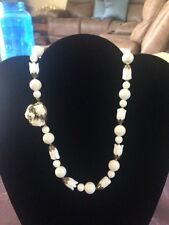 STUNNING VINTAGE LOOKING WHITE FLOWER AND BEAD NECKLACE  17""