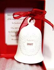 2007 HALLMARK Ornament White Porcelain Bell w/ Wreath NEW in Red Box 1XRC4565