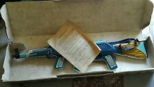 VINTAGE TIN TOY MACHINE GUN RIFLE AK 47 KALASHNIKOV COMUNIST BATTERY OPERATED