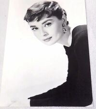 Postcard of Audrey Hepburn Black and White Unposted New #232-273