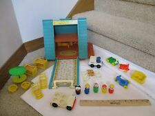 Fisher Price Little People Play Family 990 A Frame House Chalet 100% extras lot