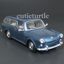 Maisto 1967 VW Volkswagen 1600 Squareback 1:24 Diecast Model Car Blue