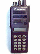 Motorola MTX8000 800 MHz Model III Portable H01UCH6DB7AN Good Display Excellent