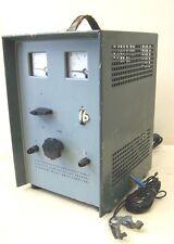 Großes DDR Batterieladegerät 24V - 12V Ladegerät, PKW LKW Stapler