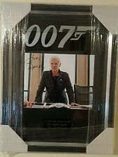 SIGNED JAMES BOND 007 DOUBLE MOUNTED & FRAMED PHOTO - DAME JUDI DENCH AS 'M'