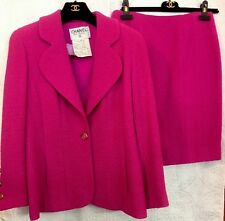 Chanel Jacket And Skirt Bright Pink Wool Tweed Size 44 94A