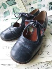 Antique Flappers 1920's Cut Out Mary Jane Walking Shoes