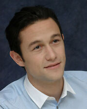 Joseph Gordon-Levitt UNSIGNED photo - D1421 - HANDSOME!!!!