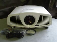 MITSUBISHI WD3300U DLP hd 720P PROJECTOR 4000 LUMENS!! WORKS GREAT!!