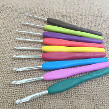 9pcs Soft Plastic Handle Aluminum Crochet Hooks Knitting Needles Kit Multicolor