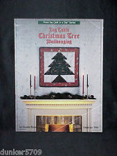 1990 LOG CABIN CHRISTMAS TREE WALLHANGING ELEANOR BURNS QUILT IN A DAY #2016