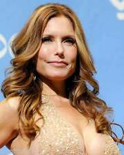 Tracey Bregman Young and the Restless 8x10 Photo 002