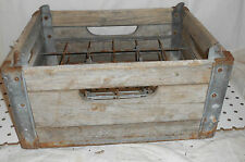 USED ANTIQUE LFD CREAMRY WOOD AND METAL 24 BOTTLE CASE  WEATHERED CUMBERLAND
