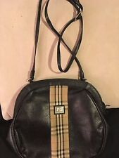 Burberry London Vintage Black Leather and Nova Check Shoulder Bag Handbag Clutch