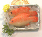 1:12 Scale 2 Fish On A Tray + Ice Dolls House Miniature Food Kitchen Accessory J