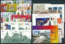 España - Años completos - numero 2011 completo con 1 juego hojitas