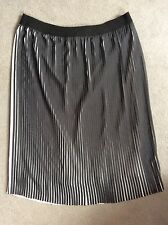 M&S BLACK/WHITE STRIPE PLEAT SKIRT WITH ELASTICATED WAISTBAND - SIZE 16 -BNWT