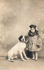 BJ279 Carte Photo vintage card RPPC Enfant mode fashion chien dog décor peint